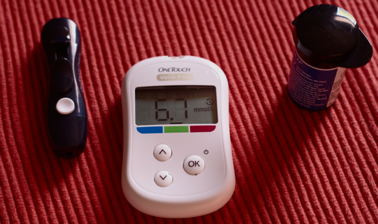 diabetes eye health blood sugar monitor